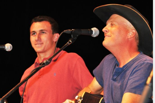 Johnny Manziel and Roger Clemens Bring Sports Swag to Country Concert