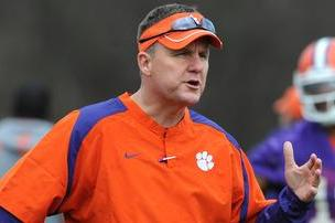 Chad Morris Speaks to Team, Says He''s Committed to Clemson