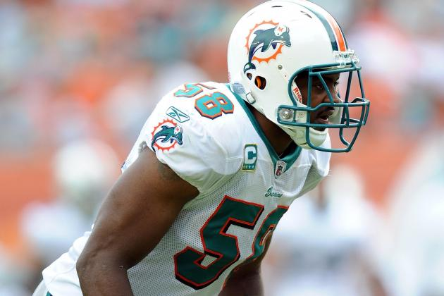 Why the Miami Dolphins Should Consider Cutting Karlos Dansby After This Season