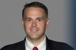 Temple Hires Giants Assistant as New Head Coach