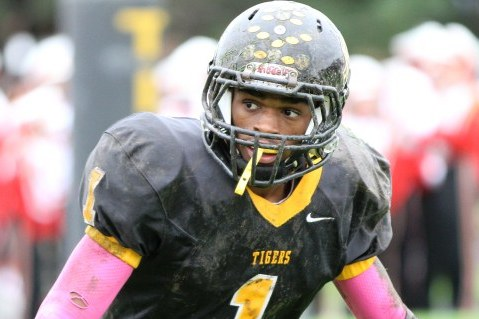 Shelton Gibson to West Virginia: Mountaineers Land Top-Ranked Football Recruit