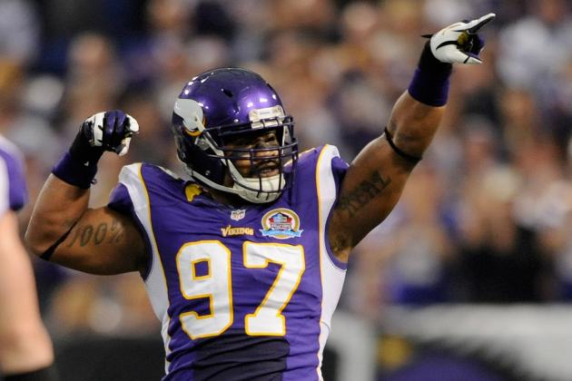 Everson Griffen Escapes Fine for Hit on Cutler
