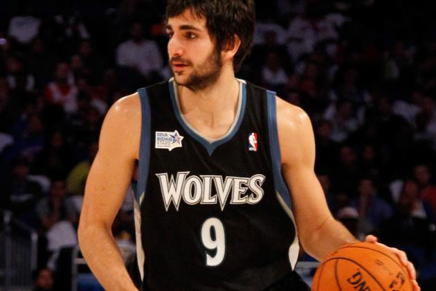Video: Ricky Rubio Dishes Between the Legs for an Easy Lay-in