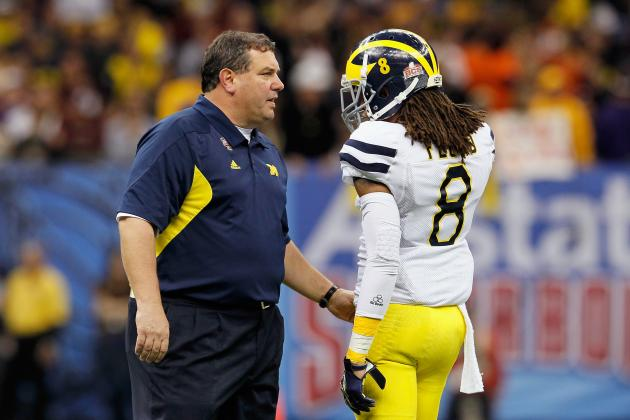 J.T. Floyd Among 3 Wolverines Suspended for Outback Bowl