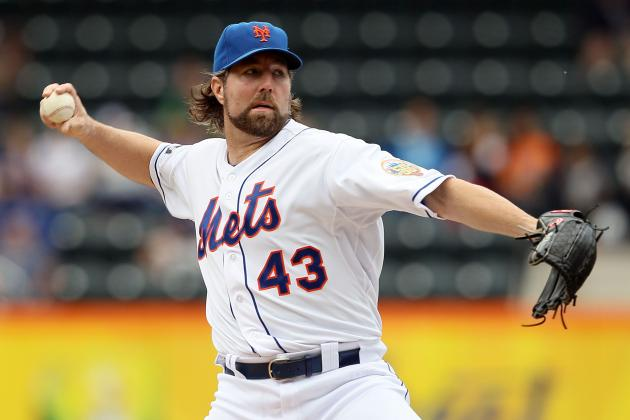 RA Dickey Trade: Blue Jays Can't Let Contract Extension Cause Deal to Fall Apart