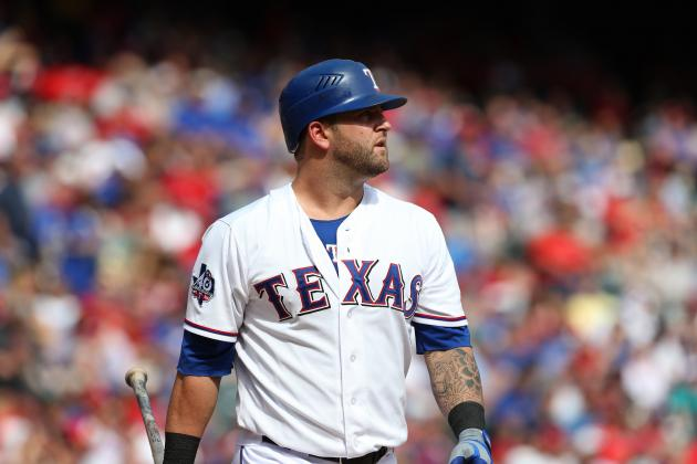 Report: Red Sox Reopen Contract Negotiations with Mike Napoli