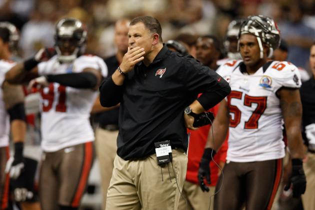 Schiano Not Happy About Player-Coach Sideline Shoving Match