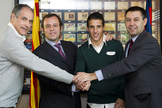 Cristian Tello Signs Through 2016