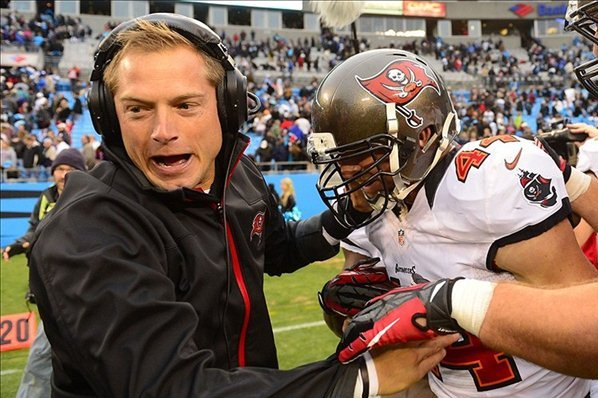 Western Michigan Hires Buccaneers Assistant P.J. Fleck as New Head Coach