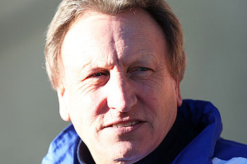 Leeds' Neil Warnock Unsure Whether to Shake with Chelsea's Rafa Benítez