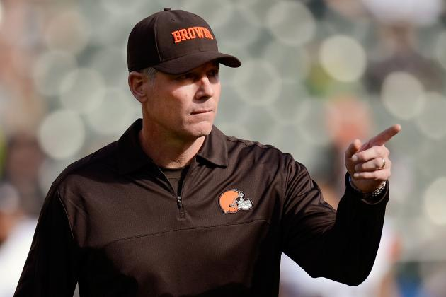 Shurmur Talks with Trent Richardson About His Criticism of Game Plan