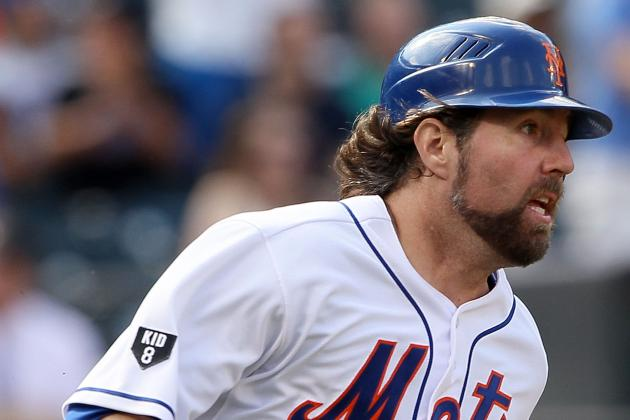 R.A. Dickey Thanks Mets Fans on Twitter