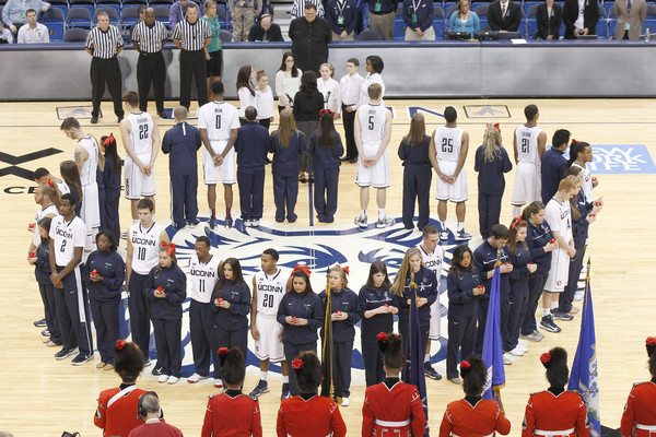 UConn Honors Newtown Victims with Patches, Moment of Silence Before Victory