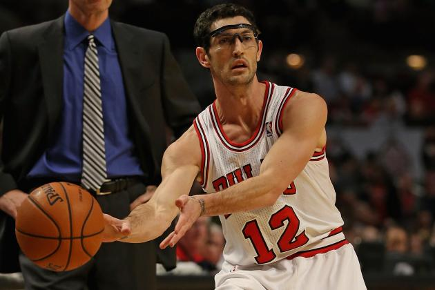 Bulls Fall Flat in Hinrich's Return