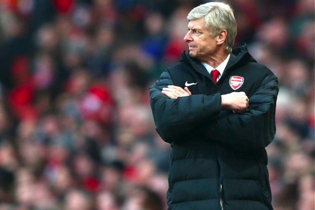 Why Arsenal Fans Must Get Behind Arsene Wenger in 2013