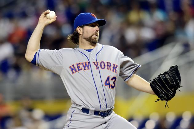 Jays, Dickey reach $25M deal in trade with Mets