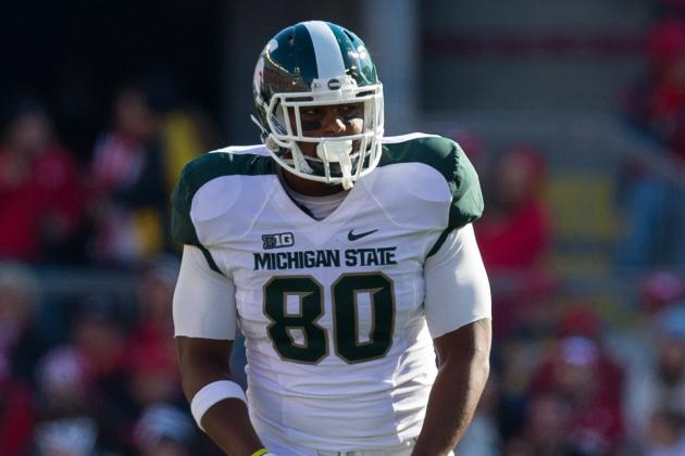 Michigan State's Offense Hopes for Le'Veon Bell, Dion Sims to Return in 2013