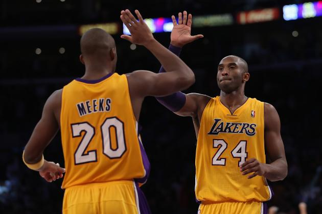 Lakers 101, Bobcats 100