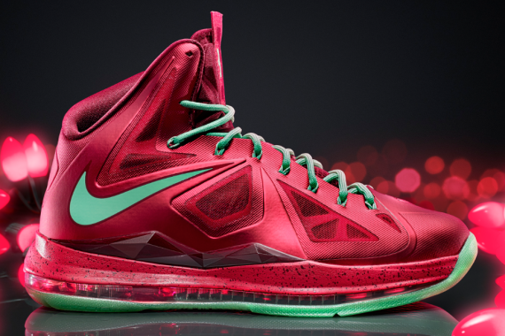 New LeBron X Nike Christmas Show