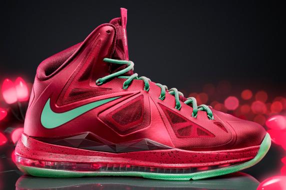 Breaking Down LeBron X Nike Christmas 2012 Shoe