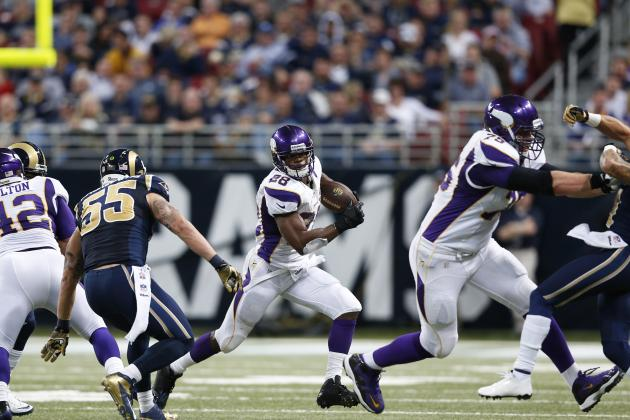 Breaking Down 4 Runs That Separate Adrian Peterson from All Other RBs