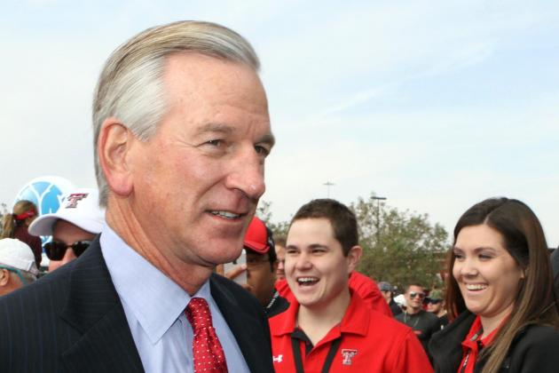 Texas Tech, Tommy Tuberville Get Taiwanese Animation Treatment—It's Classic!