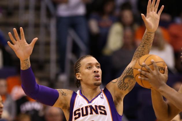 Suns Beat Bobcats 121-104