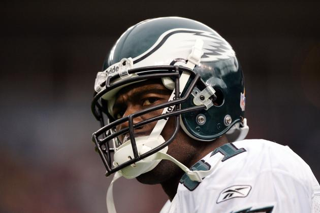 Defending Terrell Owens from Unfounded Accusations of Selfishness with Eagles