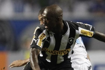 Botafogo Star Clarence Seedorf Linked Again with a Move Back to AC Milan