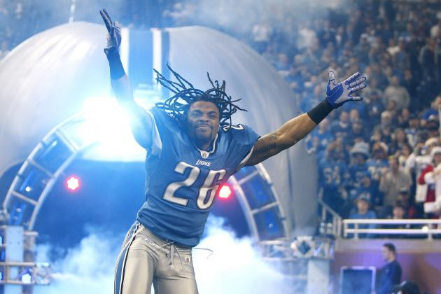 Oft-Injured Lion Louis Delmas Won't Change Battle Plan: 'I'm a Reckless Man'