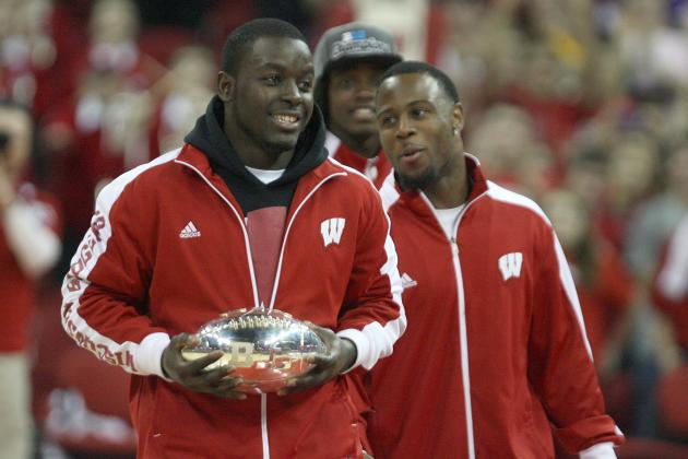 UW Players Remain Focused After Coaching Change