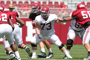 Watch Alabama's Offensive Line Work on Fundamentals (video)