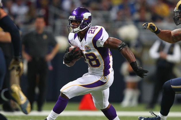 Adrian Peterson vs. Calvin Johnson: Who Is Having the More Impressive Season?