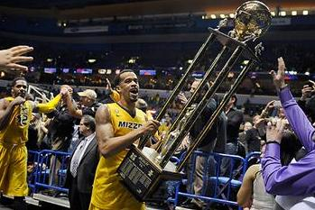 Mizzou Nearly Forgets to Take Trophy