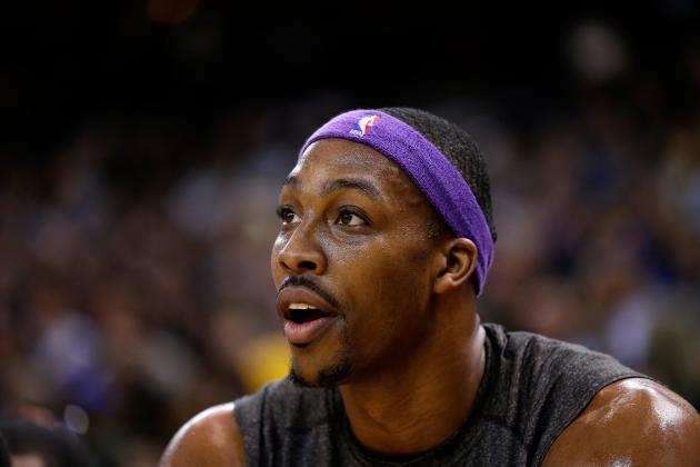 Breaking Down What LA Lakers Can Do to Expand Dwight Howard's Game