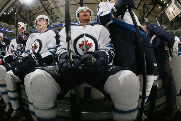 2013 NHL Lockout: Why Fans Are Wrong in Attacking Evander Kane for Twit Pic