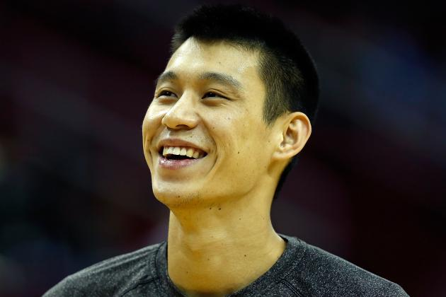 For Jeremy Lin a Year Later, a Much Better Way to Spend Christmas