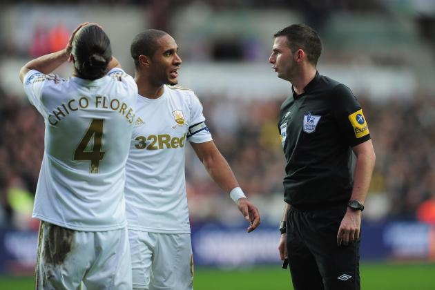 Ashley Williams Will Not Face Punishment over Robin van Persie Incident
