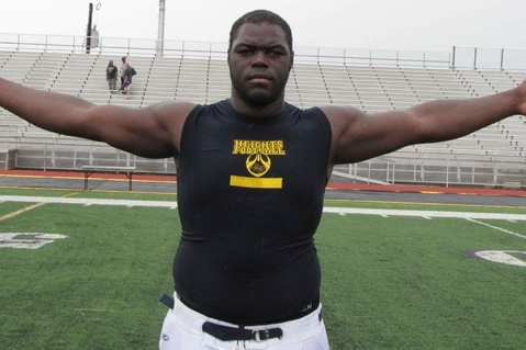 A'Shawn Robinson: Will 5-Star DT Stay True to Texas Longhorns Commitment?