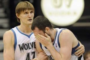 Minnesota Timberwolves: Kevin Love Looks for Healthier 2013