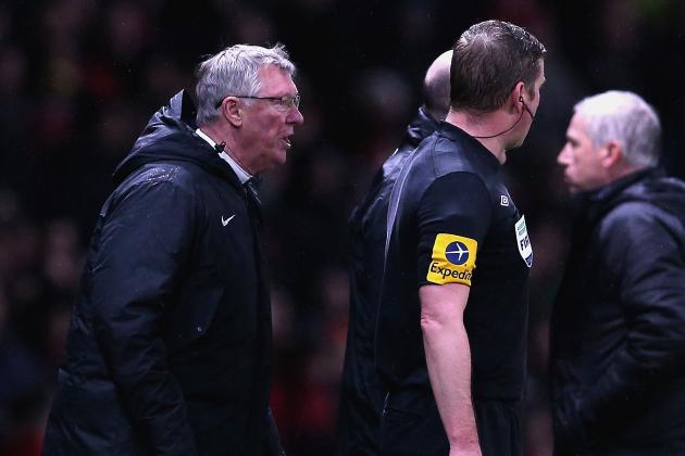 Manchester United: Sir Alex Ferguson Should Be Punished for Touch Line Dissent