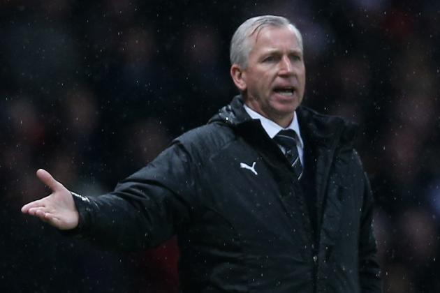 Sir Alex Ferguson Lucky Not to Be Sent Off, Suggests Alan Pardew