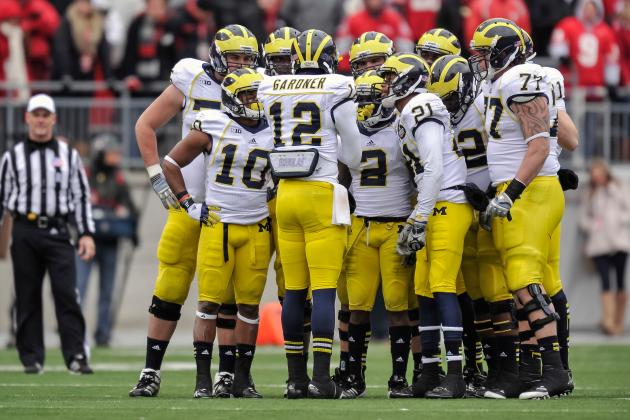 Inclement Weather Sends Michigan Football Team Indoors
