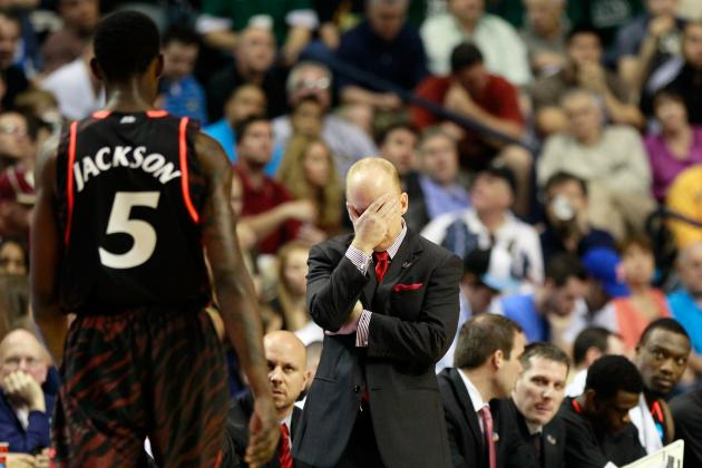 No. 8 Cincinnati's Offensive Woes Continue in 55-54 Loss to Lobos