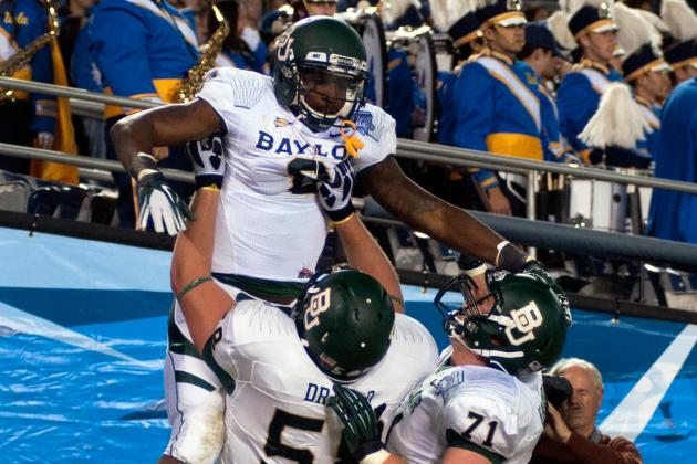 Baylor Starts Fast, Finishes UCLA Bruins Quickly in Holiday Bowl, 49-26