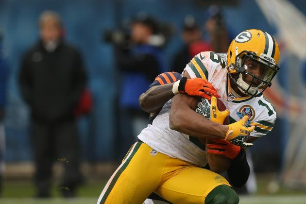Packers WR Cobb Practices, Tests Ankle
