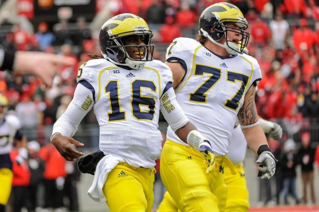 Michigan's Denard Robinson an Unpredictable Challenge for South Carolina