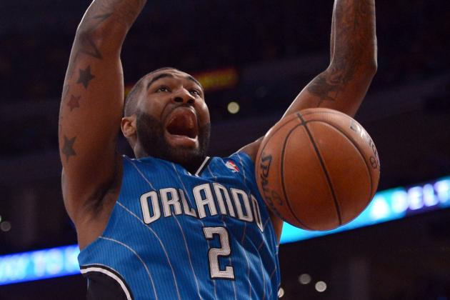 Watch: Kyle O'Quinn Throw Down 2-Handed Flush off Pass from Redick