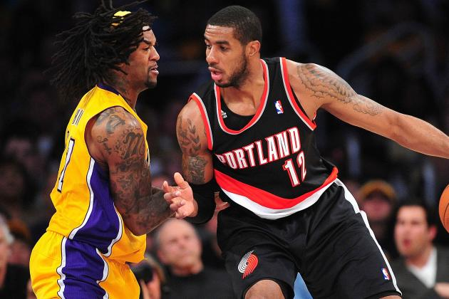 LaMarcus Aldridge Sits out Final Minutes with Injury in Lakers' 104-87 Win