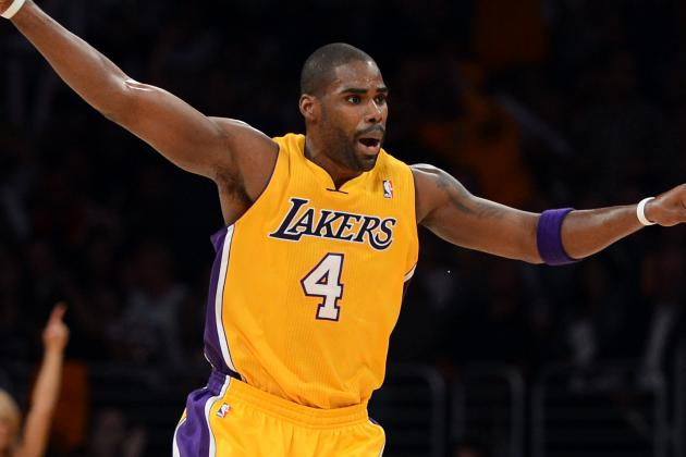 Lakers' Antawn Jamison Unhappy About Being Benched